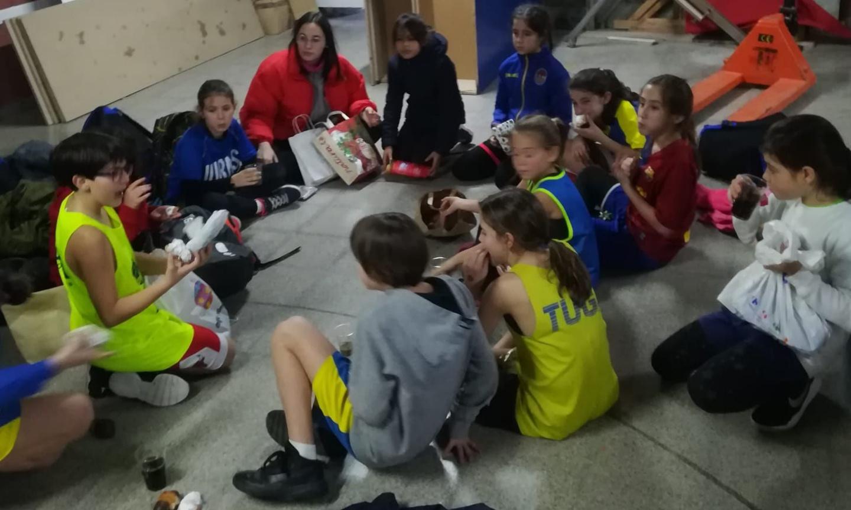 L'Escola de Bàsquet celebra el Nadal
