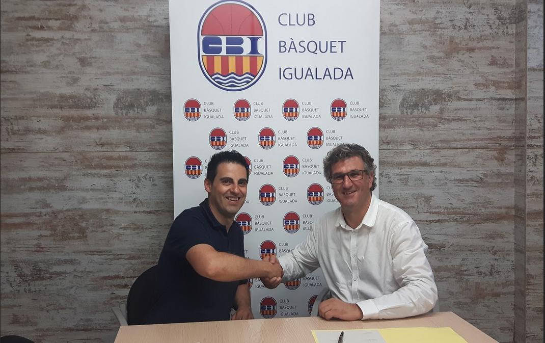 <p>Asfalt renova com a patrocinador del club </p>